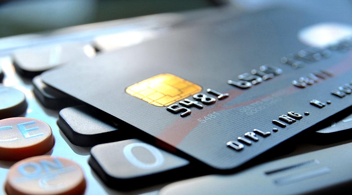 مشکلات شبکه بانکی